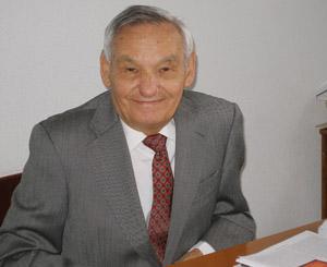 El Profesor Amable Liñán
