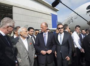 El primer ministro indio con la plana mayor de Airbus