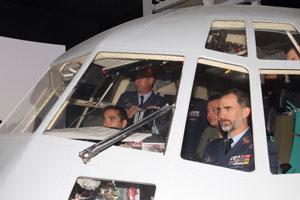 El Rey Felipe con el Ejército del Aire en Zaragoza