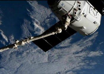 Dragon atrapada por ISS
