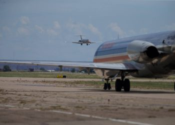 American-Airlines-MD-80
