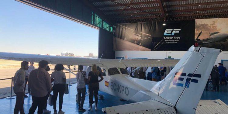 Probar las aeronaves con los instructores de European Flyers