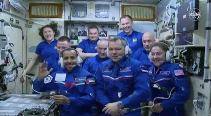 Nueve astronautas en la ISS