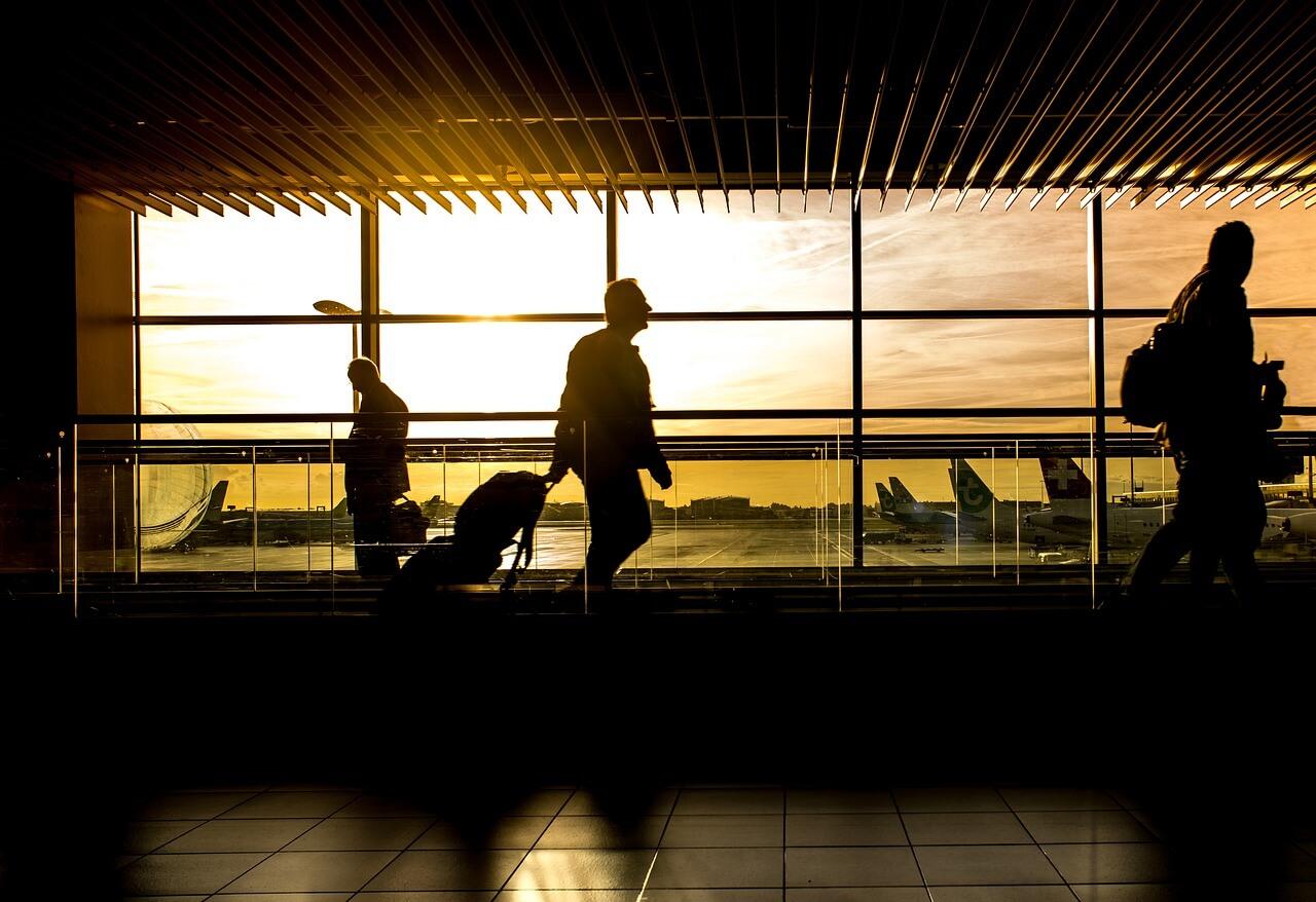 Asegúrate de conocer la ubicación exacta del aeropuerto.