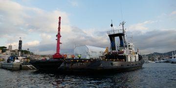 Llegó a Cannes el contenedor para el transporte de los satélites Spacebus NEO