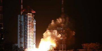 satélite chino