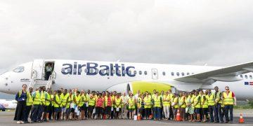 El A220-300-de airBaltic