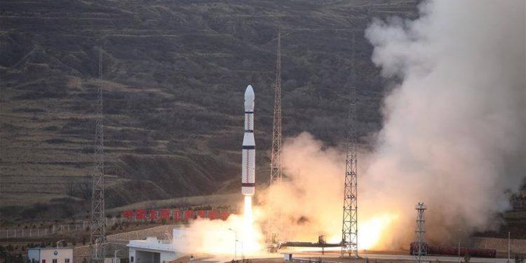 China-5-cohetes